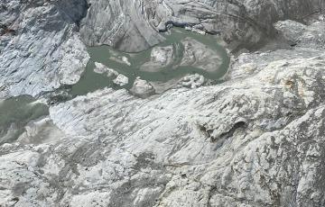 Un nuovo creapaccio si è aperto nel ghiacciaio del Mandrone
