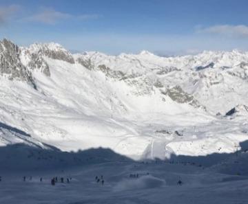 Ponte di Legno-Tonale: si scia fino al 15 aprile. Al Presena gli impianti chiudono il 23 maggio