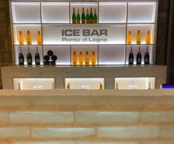 Ponte di Legno: l'Ice Bar arricchisce le festività al Nazionale