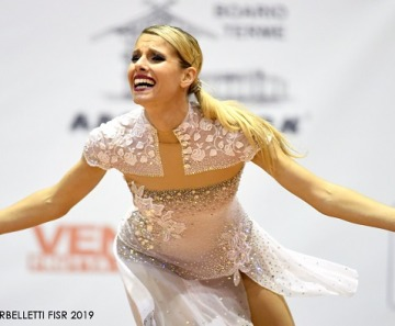 Campionati pattinaggio a Ponte di Legno: Anna Remondini brilla nella Solo Dance Senior