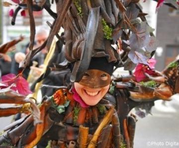 Carnevale a Ponte di Legno: sfilate, carri e gruppi mascherati